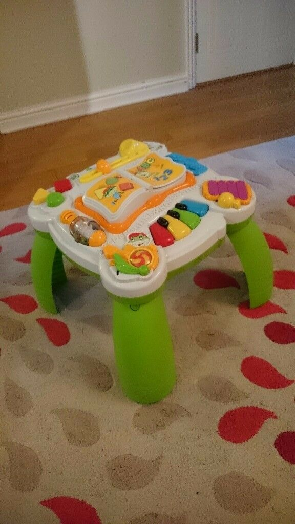 LeapFrog Learn & Groove Musical Table.