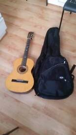 GUITAR HERALD MODEL HL 3/4 PK GOOD CONDITION AND FULLY WORKING plus case