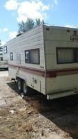 almost Mint cond. 1987 22 foot Prowler Lynx 5th wheel