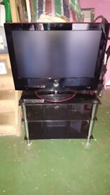 """LG 32"""" LED TV and stand - 32LG6000"""
