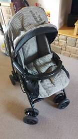 Mamas and Papas pushchair with raincover in excellent condition