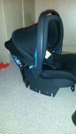 Mama's and Papas car seat and Isofix and extras