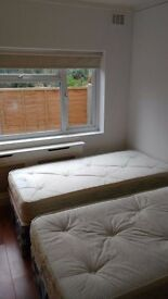 @VERY NICE DOUBLE ROOM FOR SINGLE USE AVAILABLE NOW IN BRONDESBURY PARK@