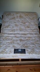 King Size Sealy Mattress very good condition