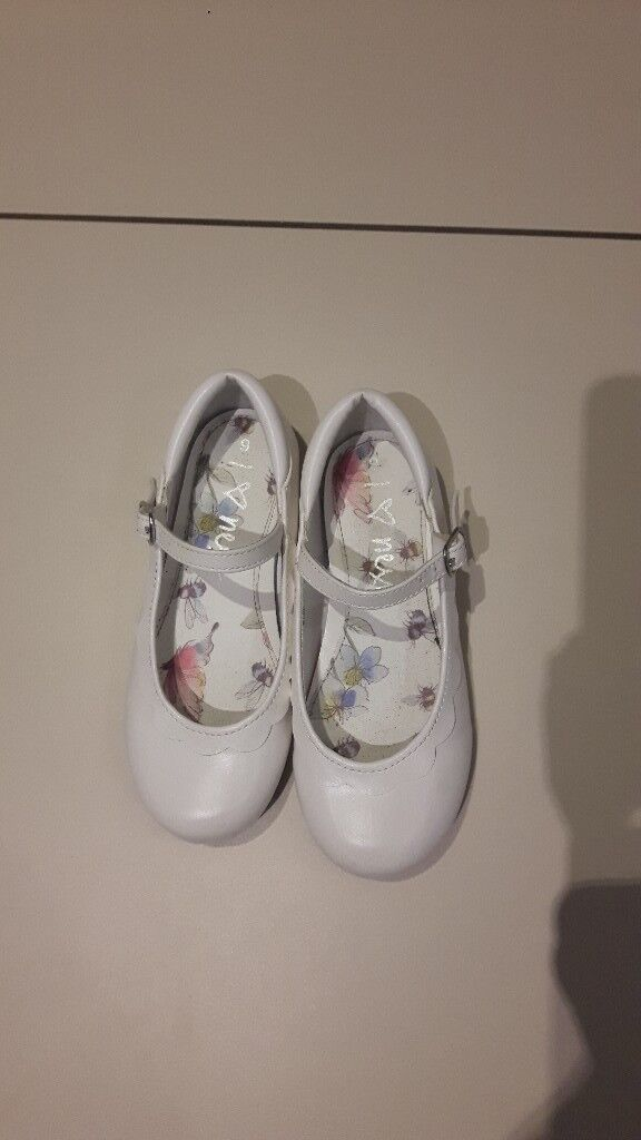 Girls size 9 white Next shoes