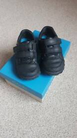Clarks boys school shoes size 7E