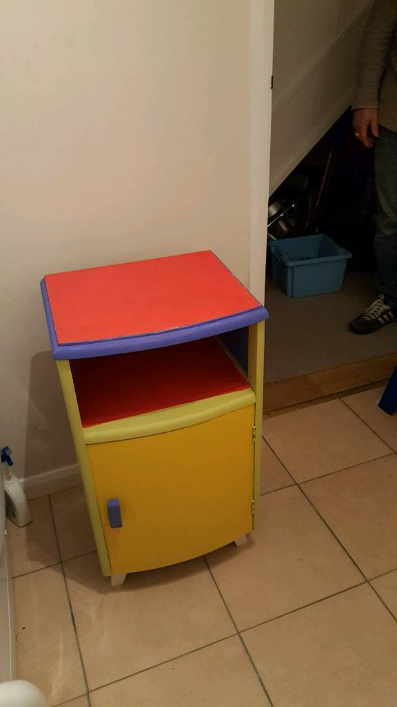 Child cupboard