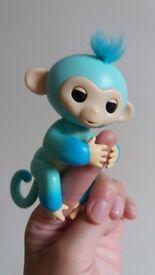 Finger monkey toy