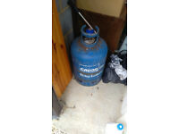 Butane 15kg gas bottle and new regulator. 07825924539.£10. Ash.