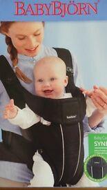 Babybjorn baby carrier active