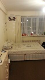 MASSIVE DOUBLE ROOM TO RENT IN BRIXTON