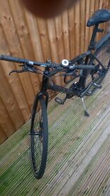 Great Cube treking, Hyde. hydraulic disc-brakes, puncture proof tyres (kevlar), 27-gear Shimano