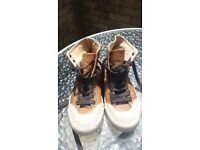 Boys Hugo Boss Leather Ankle Boots Size 3.5