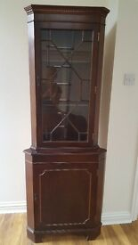 Wooden corner unit in good condition.