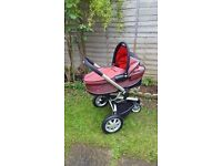 Quinny Buzz Pram with carrycot and rain cover