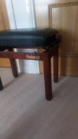 ROLAND adjustable piano stool
