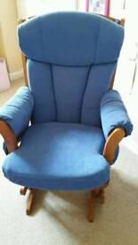 Dutailier rocking nursing chair