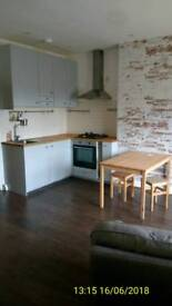 2 bedroom flat Hounslow town centre £1150