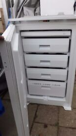 **UNDERCOUNTER FREEZER**4 DRAWS PLUS ICE SHELF**FREEZER**NO SCRATCHES \ MARKS**COLLECTION\DELIVERY**