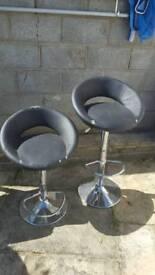 Bar stools- Rough condition