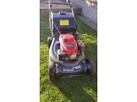 Honda HRH536 HX Self Propelled Petrol Lawnmower + Grassbox