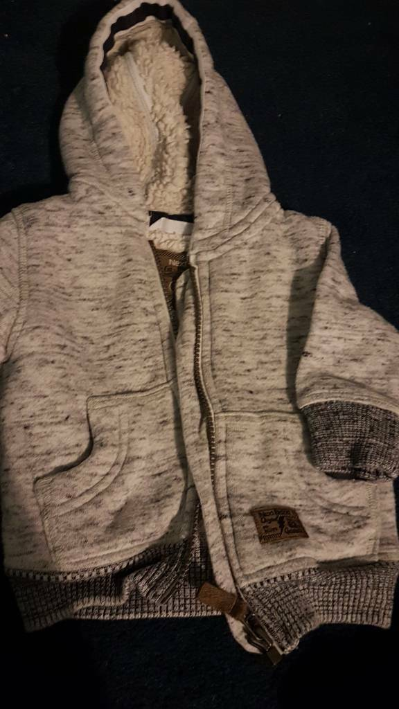Lovely grey NEXT padded jumper 6-9 months