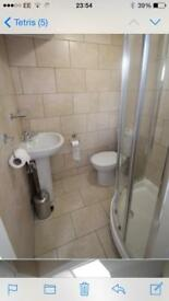 Double ensuite room available to rent