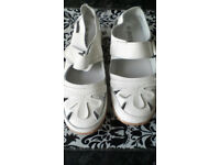 Womens low new leather shoes