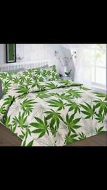 Canabis leaf bedding