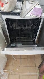 Currys Essentials Dishwasher