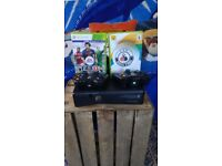 xbox 360 + 2 remote contollers + 2 disc games + Minecraft live