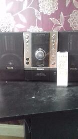 philps stereo. NOT WORKING.Spares or repairs