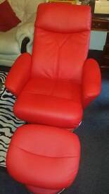 Quattro Deluxe Luxury Swivel Recliner Chair with Foot Stool