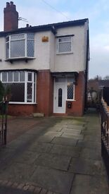 A lovely 3 bedroom semi detached property for short term let (12 months)