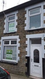 FOR RENT! REDUCED AGAIN now £450 pcm! A renovated 3-bedroom house on North road, Ferndale.