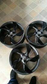 Vauxhall adam wheels with trim .centre caps