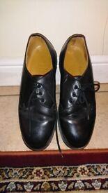 60967bf4aa09 Doctor Marten Shoes size 9 Original.