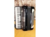 accordion *****casali verona italia *****120 bass*****very good play *****with case*****