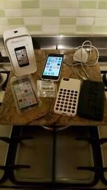 IPhone 5c 16gb white unlocked + charger, lead & original box