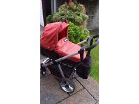 Bonito Baby Travel System £100
