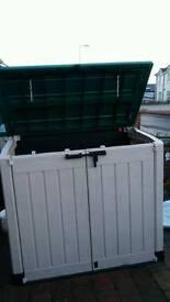 Large Keter plastic storage box