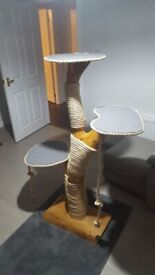 For sale handmaded beautiful and solid cat tree. Oak wood, natural rope and varnish.