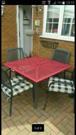 *****BARGAIN*****Table and chairs