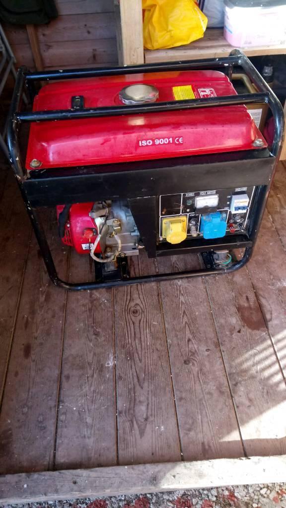 4 stroke Petrol generator 115-230 volts