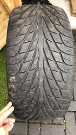 Maxxis 275/40/20 tyre for sale