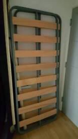 Metal frame sprung slates for single bed