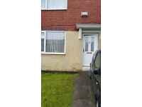1 Double room and single room to rent in Swinton Manchester.