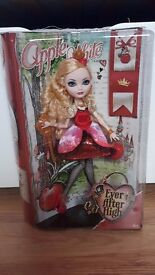 Brand New Ever After High Apple White Doll