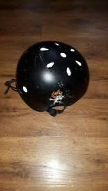 Kids roller skate skateboard helmet