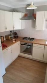 Double room to rent. 7 minutes walk to Maidenhead station